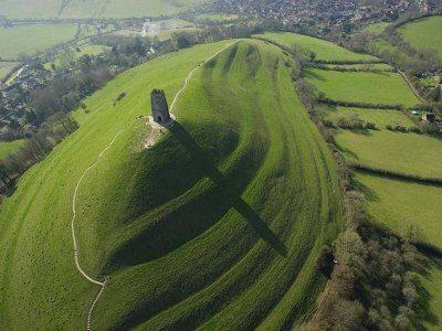 labyrinth glastonbury tor
