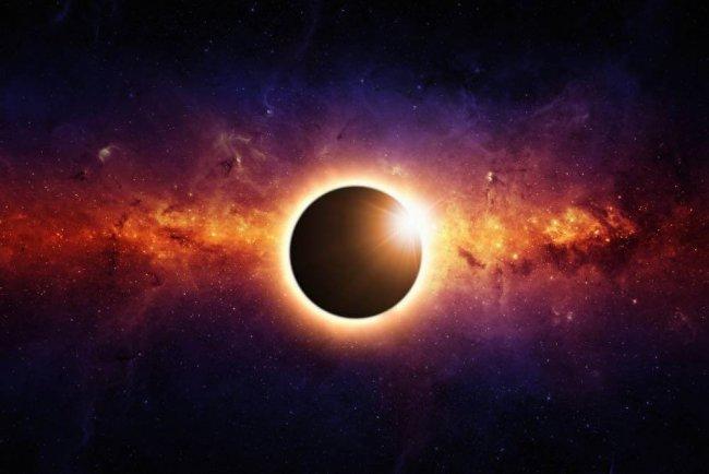 Annular-Total-Gemini-Eclipse